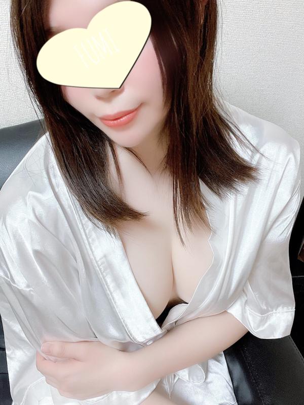 11/18デビュー中村ふみ