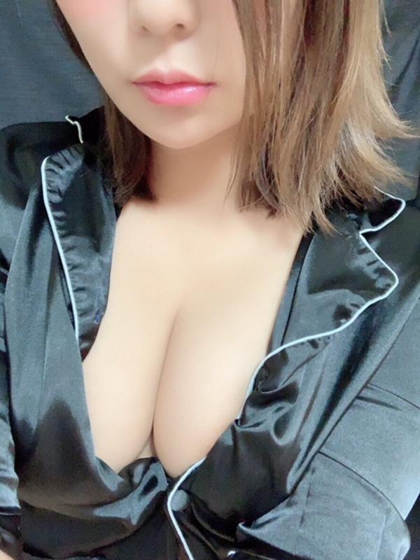 12/17デビュー中澤ちな